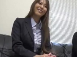 {美乳\エロ動画}『チェリーなの?』おっぱい大きな女上司がチェリーな後輩の筆おろしH!魅力的な女の子の画像