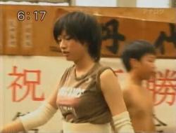 【画像】可愛すぎる女子中学生巨乳力士の現在のお姿wwwwwの画像