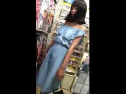【隠撮動画】即削除!何とか初潮は来てそうだが確実に危険なJSJC級の童顔ロリ美少女のパンチラ映像!!