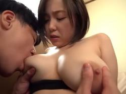 【田中ねね】マシュマロおっぱい柔らかすぎっ!Gカップ巨乳の幼馴染とノーハンドパイズリSEXの画像