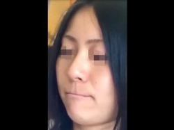 ※閲覧注意《素人盗撮》通勤時間帯に見つけた生理中の美人OLお姉さん!ナプキンはみ出したパンチラを逆さ撮りした痴漢映像!の画像