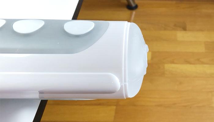 TENGA FLIP HOLEをテーブルに固定した画像
